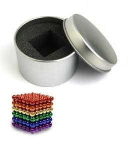 разноцветный неокуб в жестяной коробке