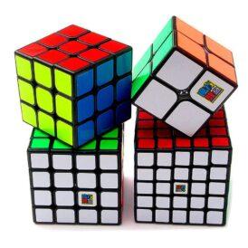 набір чорних кубиків рубика