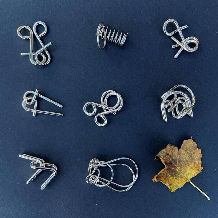 Виды металлических головоломок в наборе