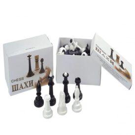 коробка з шаховими фігурами
