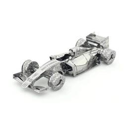 Болид Формулы-1 PZX107