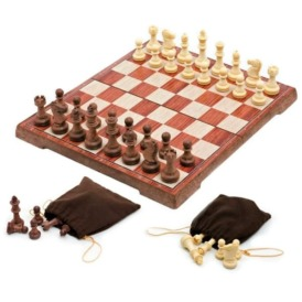Набор складных магнитных шахмат с фигурами (36х31 см)2